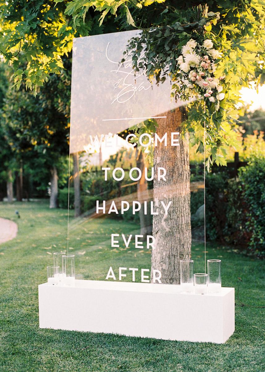 acrylic wedding sign for a wedding in chalkidiki